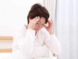 交通事故後の頭痛